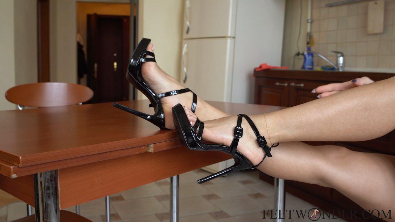 sexy-feet-high-heels