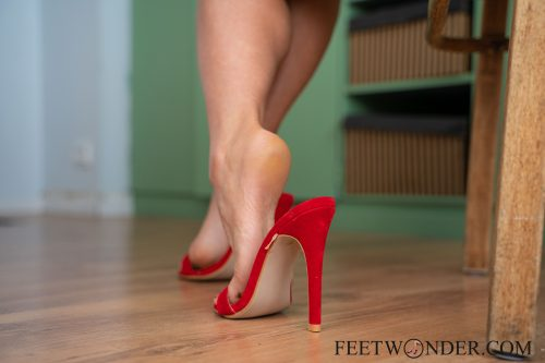 Sexy Female Soles And Toes-53