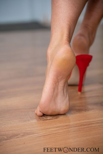 Sexy Female Soles And Toes-62