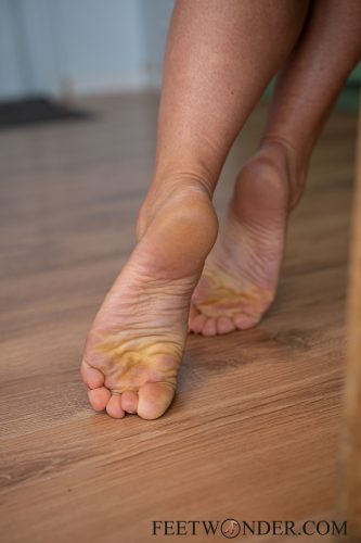 Sexy Female Soles And Toes-63
