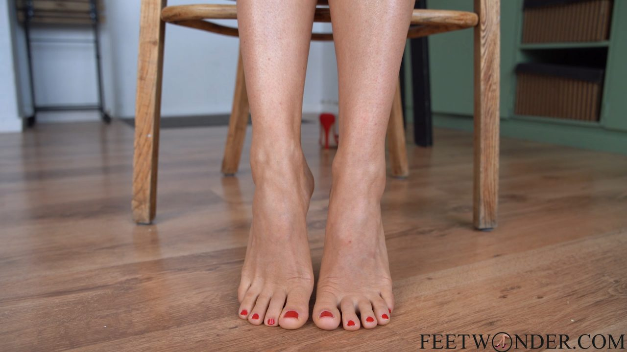 feet, toes and soles