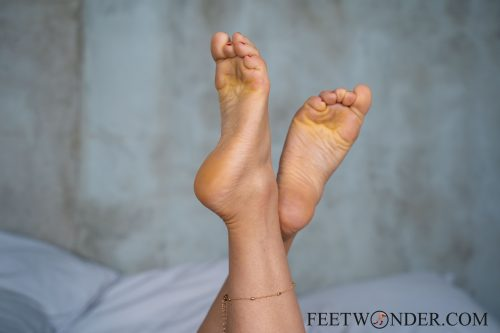 Sexy Female Soles And Toes-16