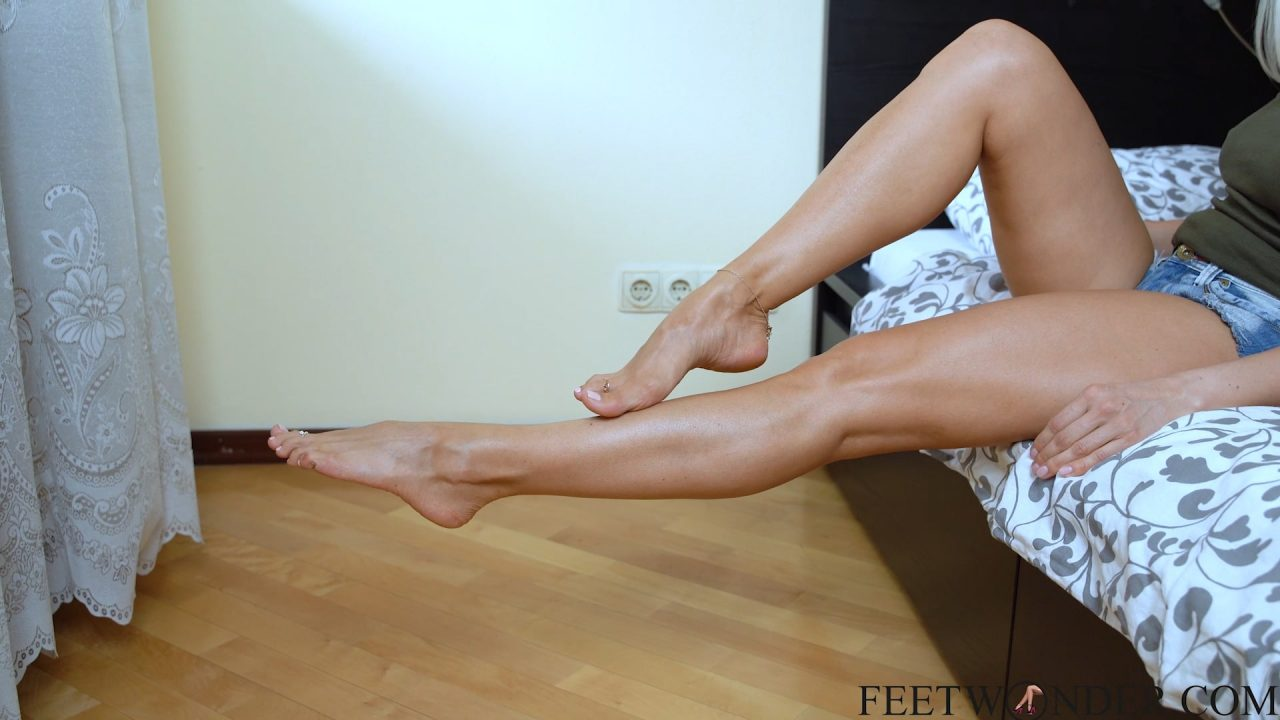 mature feet soles and legs