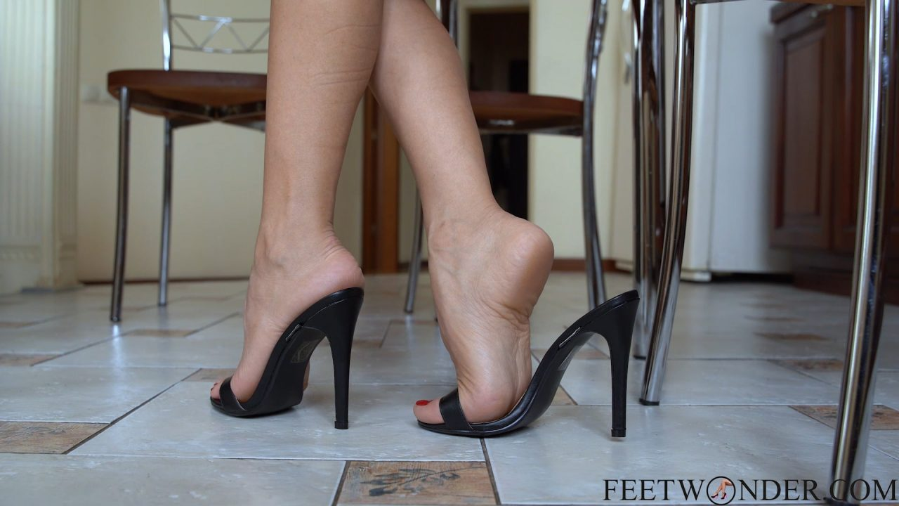 perfect female feet