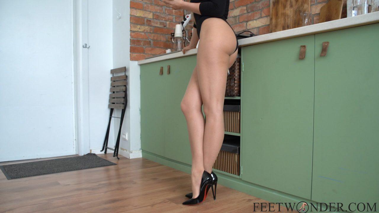 Long Legs In Pantyhose