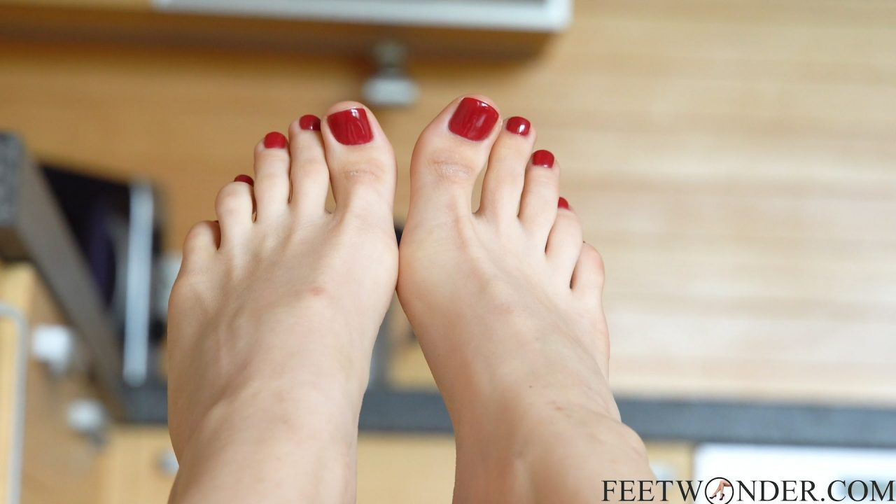 POV sexy red toes