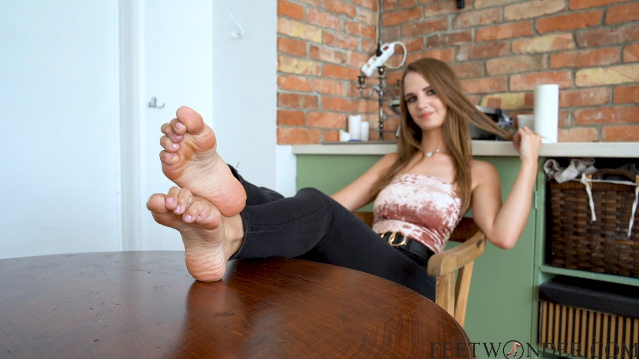 Sexy Teen Feet And Soles