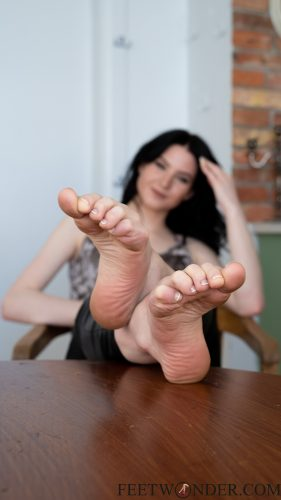 Sexy Wrinkled Teen Soles