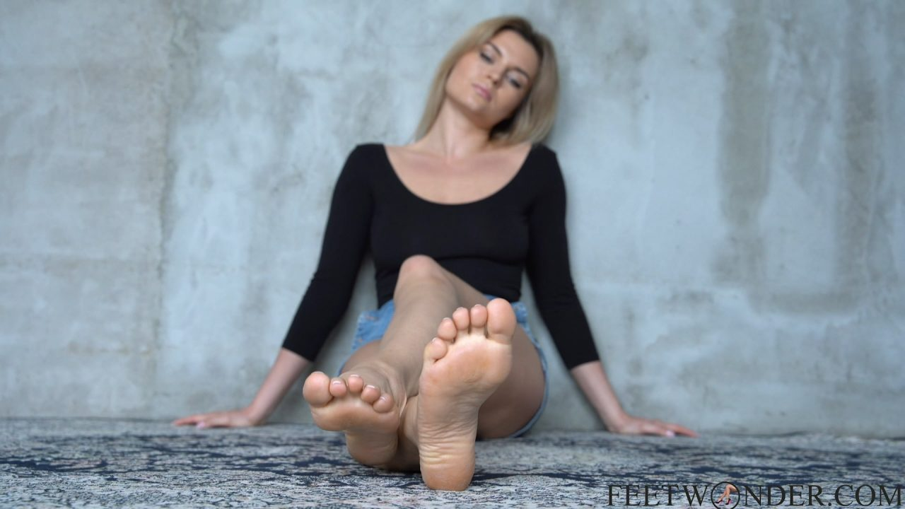 Sexy Soles And pointed toes