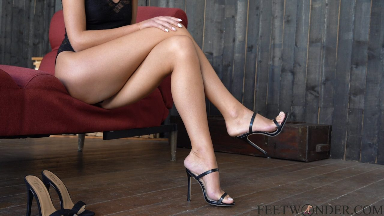 crossed legs and sexy feet