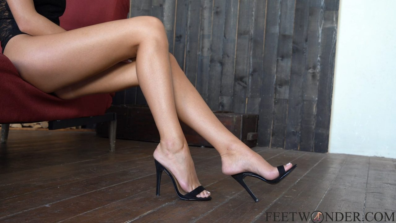 sexy feet and legs