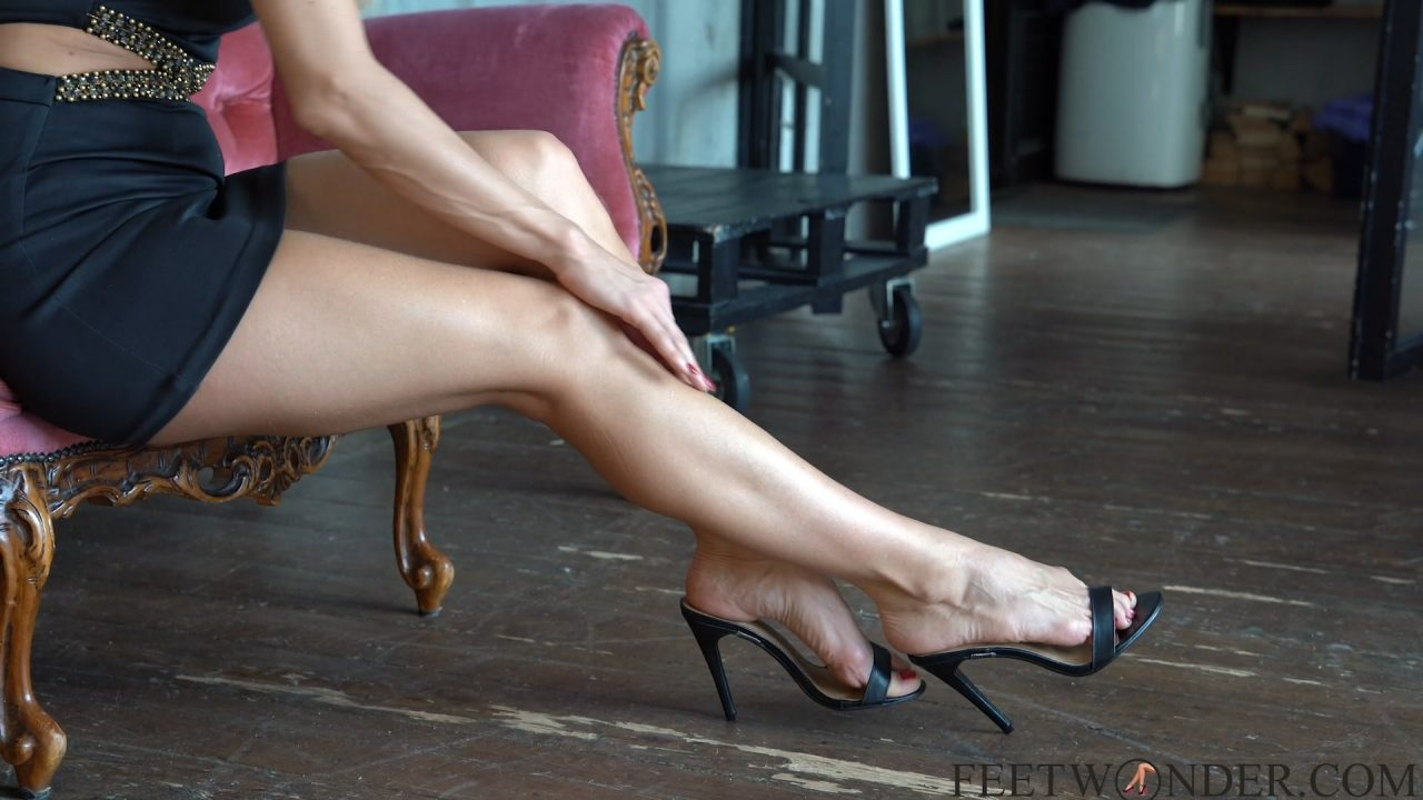 sexy legs of mature woman