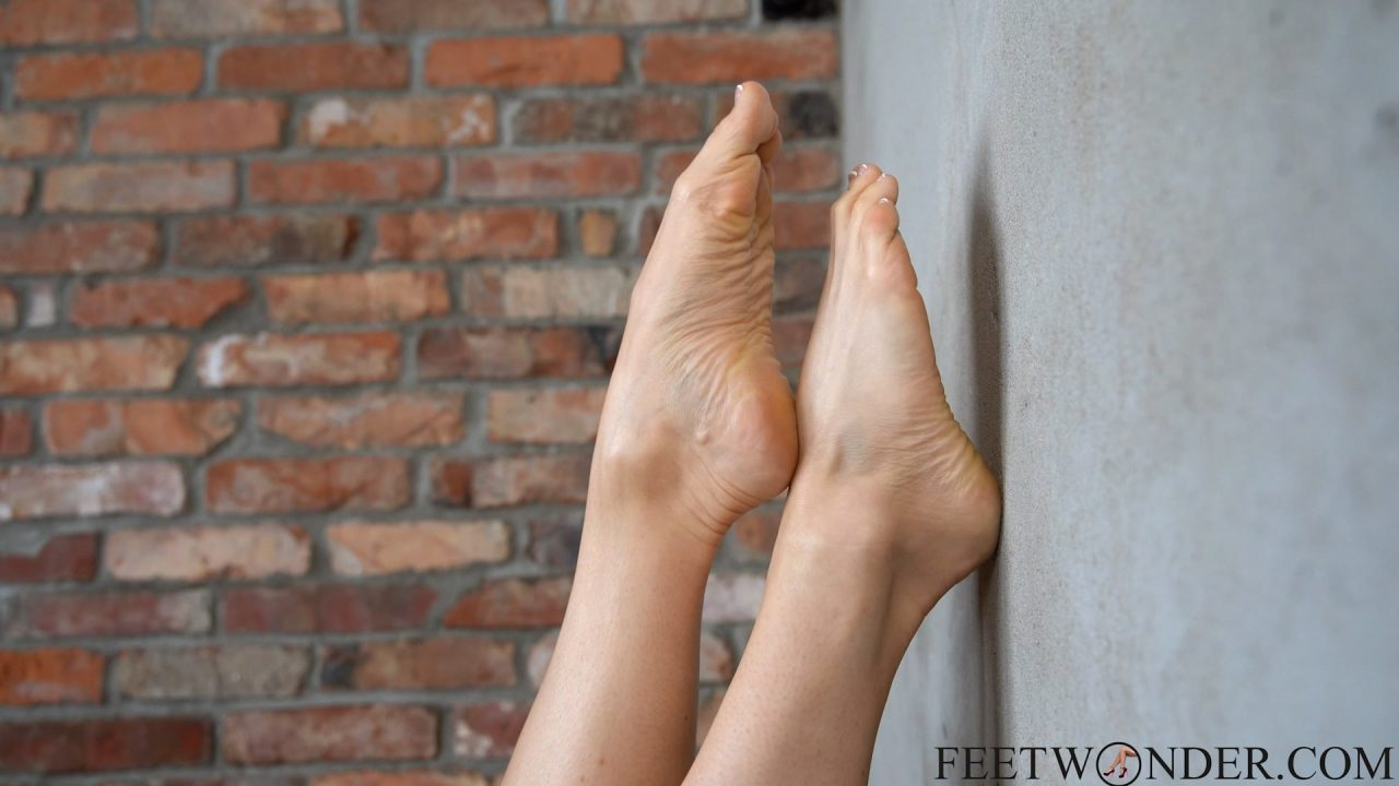 pointed toes with french pedicure