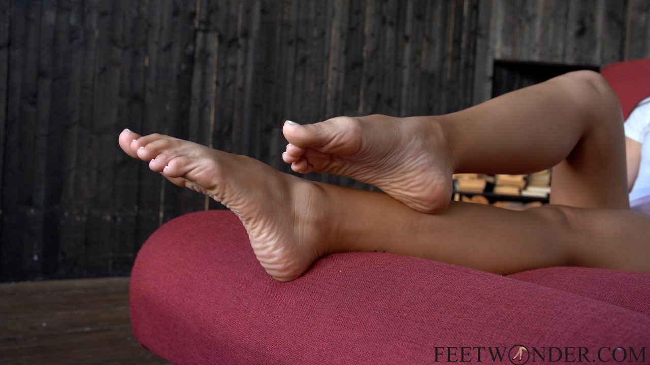 toes and feet 2