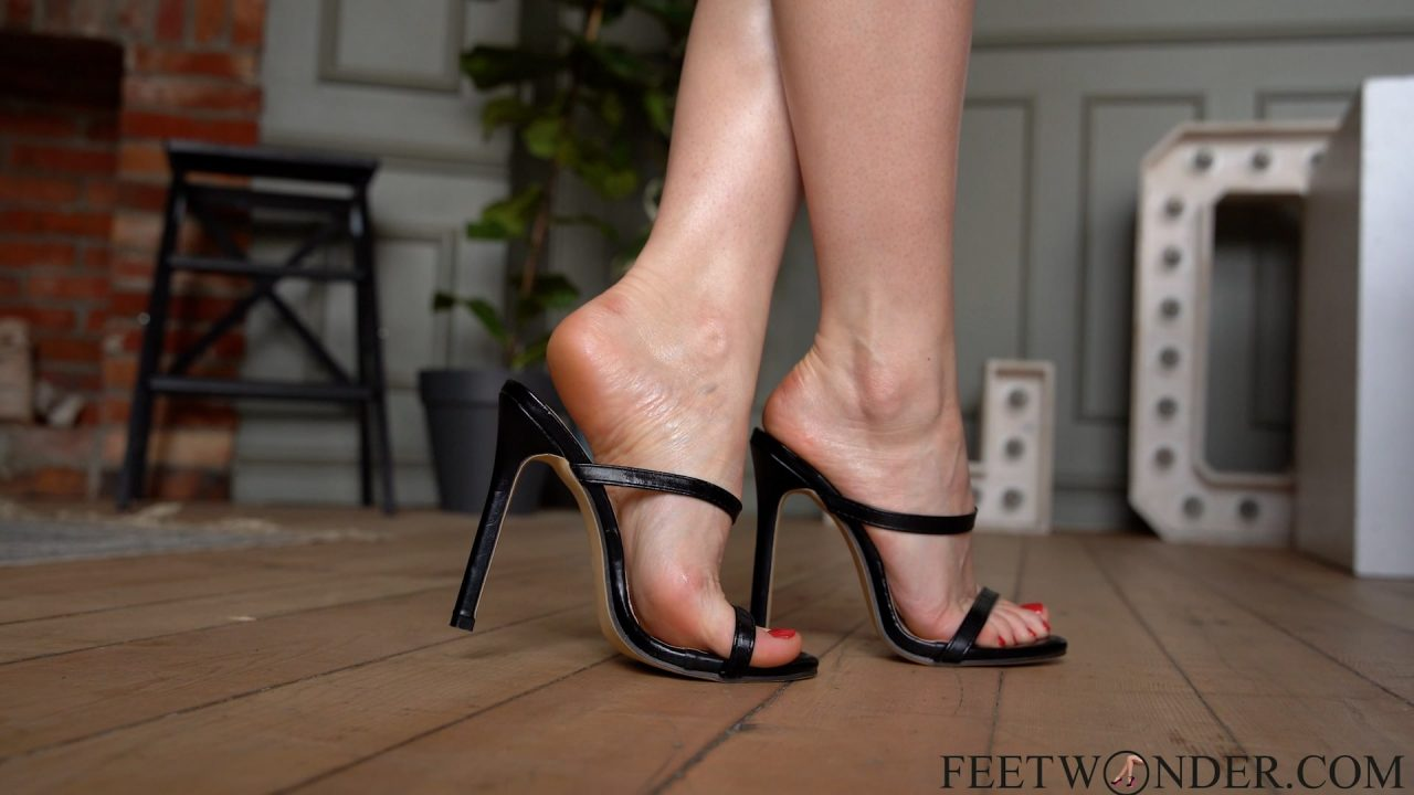 Sexy Feet In high heels