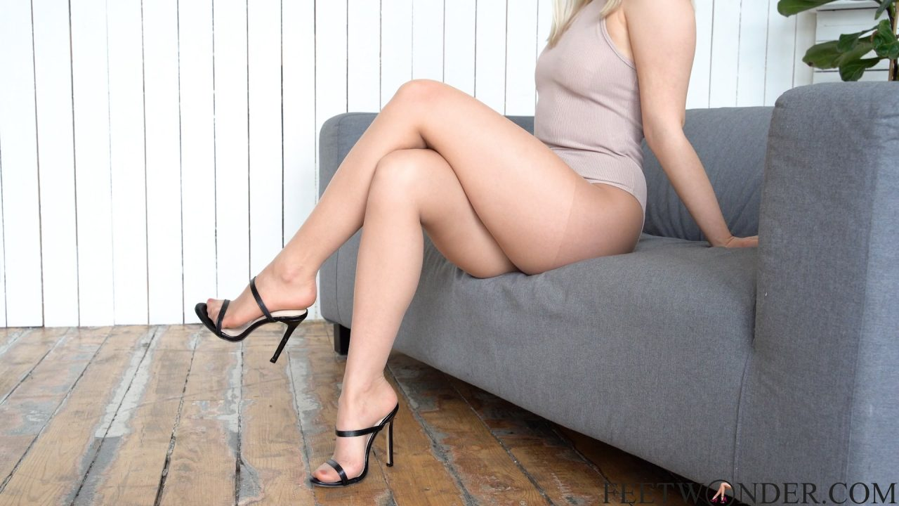 crossed legs and feet