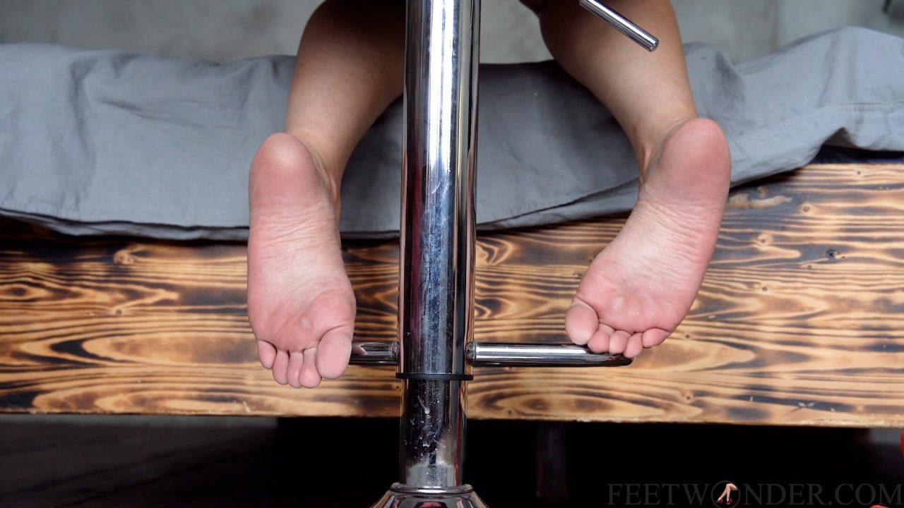cute small female feet-min