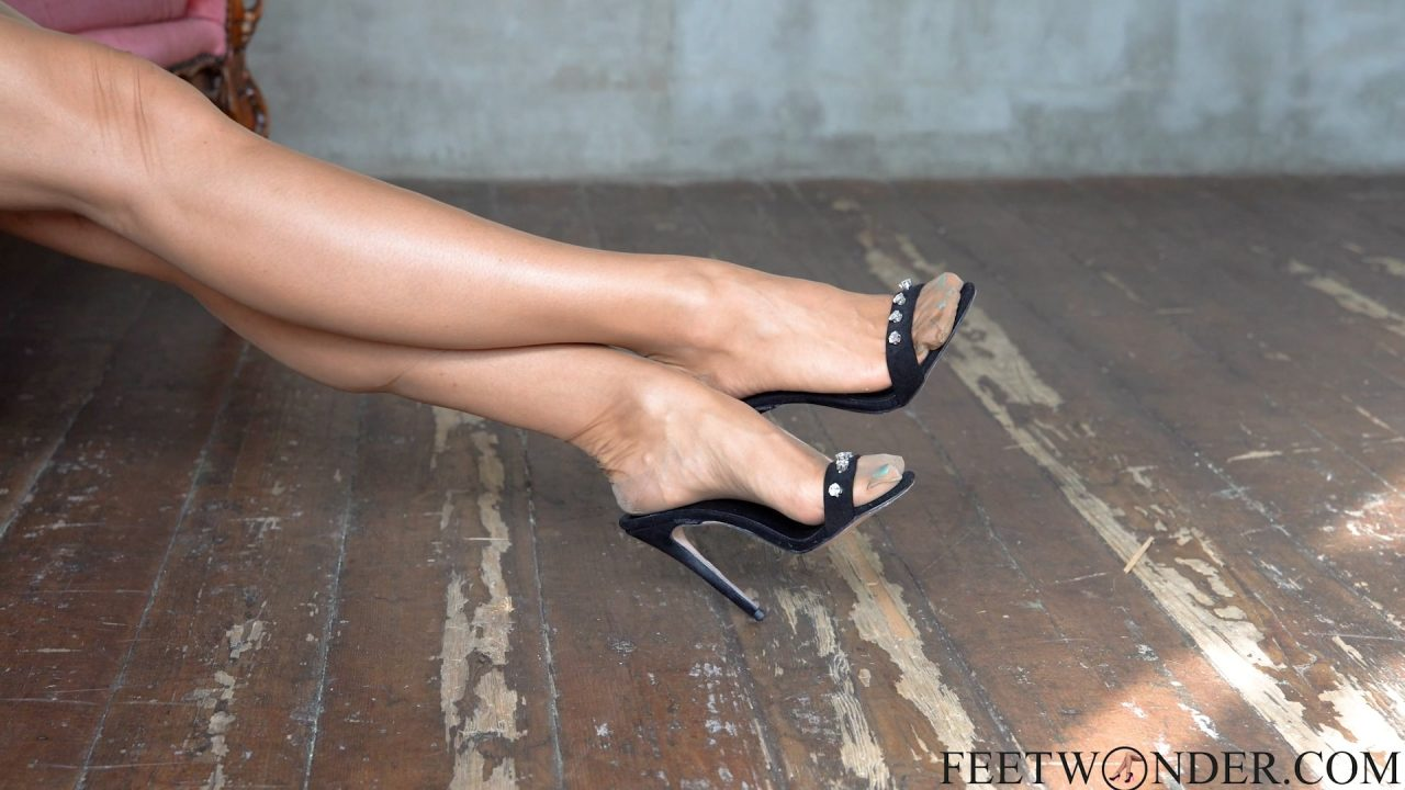 female feet in nylon stockings