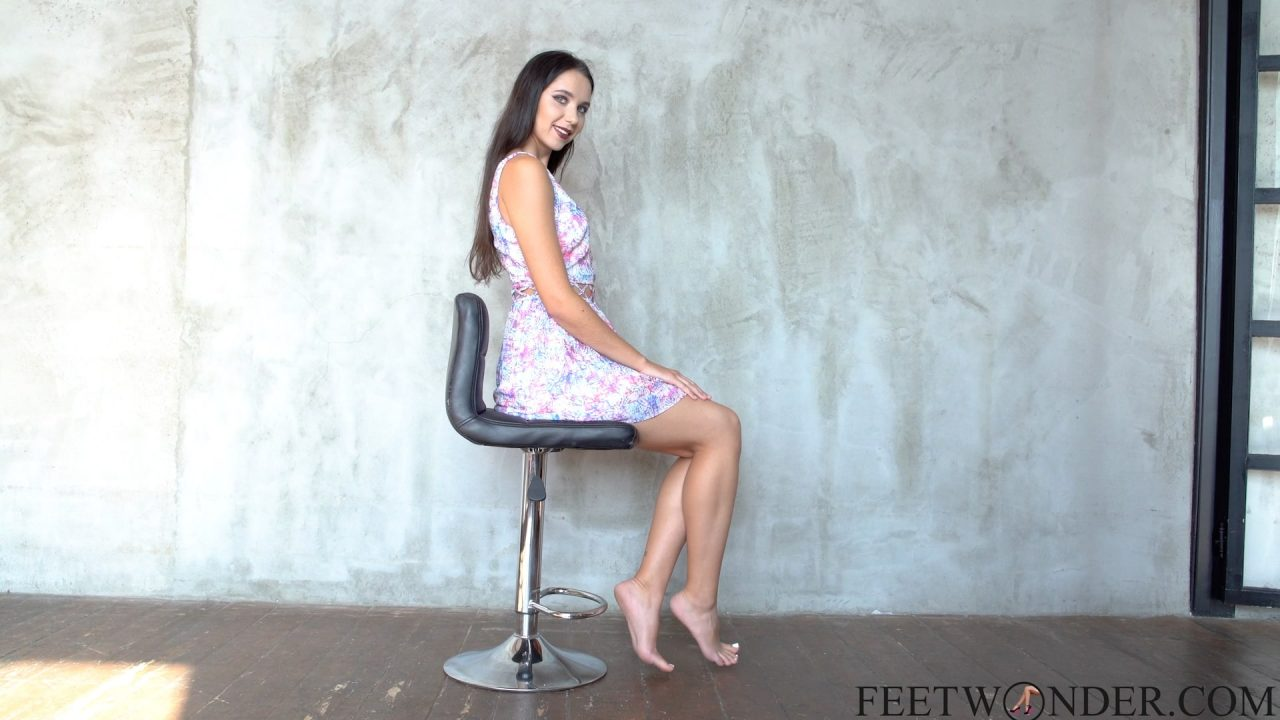 sexy girl shows her feet