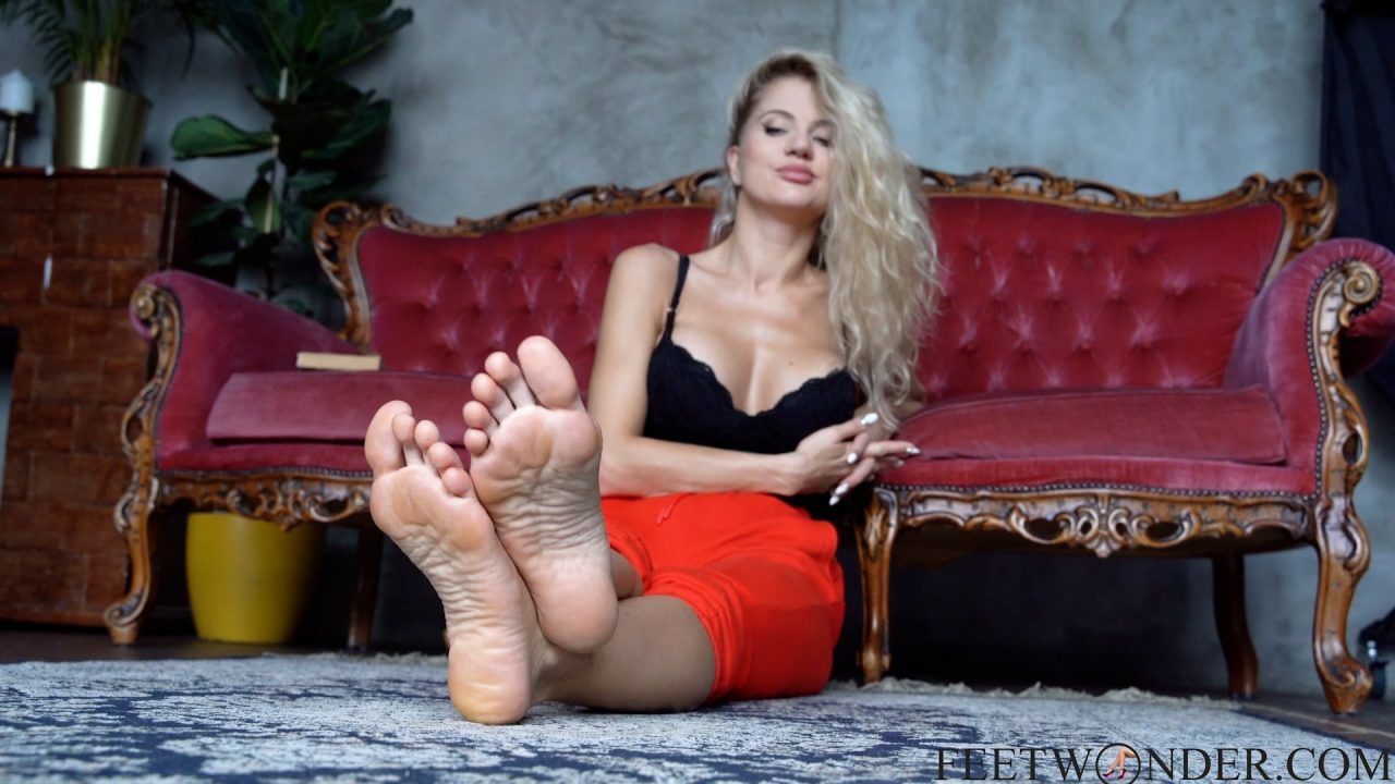beautiful soles and toes